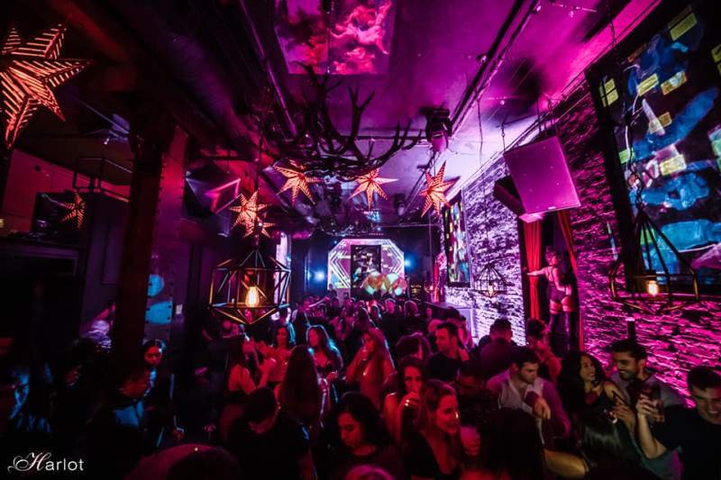 Packed nightclub at Marlot SF