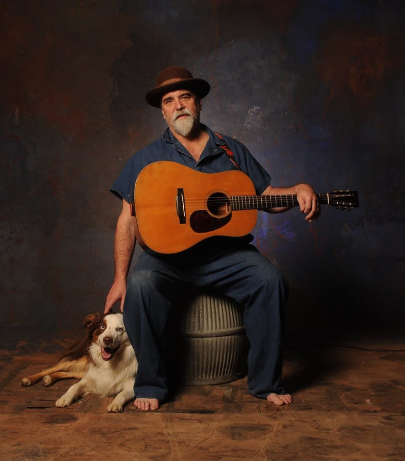 Darrell Scott in Fall River at Narrows Center for the Arts