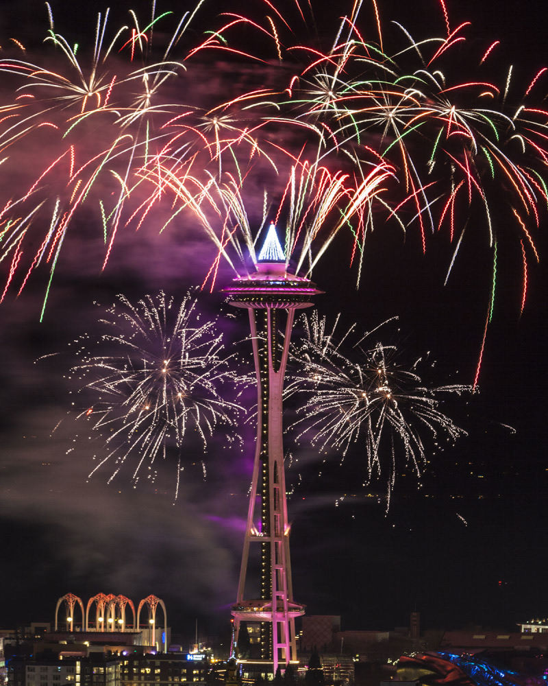 New Years Eve Fireworks At The Space Needle In Seattle At Space